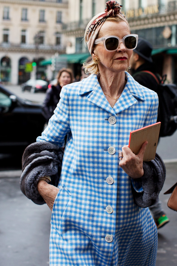 Sartorialist_women in Prada coat