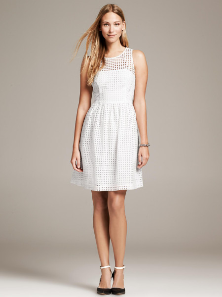 Lace_Banana Republic Eyelet Dress