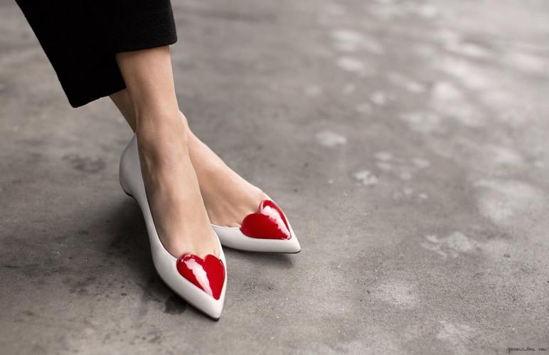 Valentine's Day_heart-louboutins_garance-dore_2015_